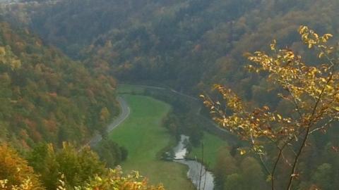 NN-Leserin Irene Renner hat das sonnige Herbstwetter genutzt und den Blick ins romantische Wiesenttal eingefangen.