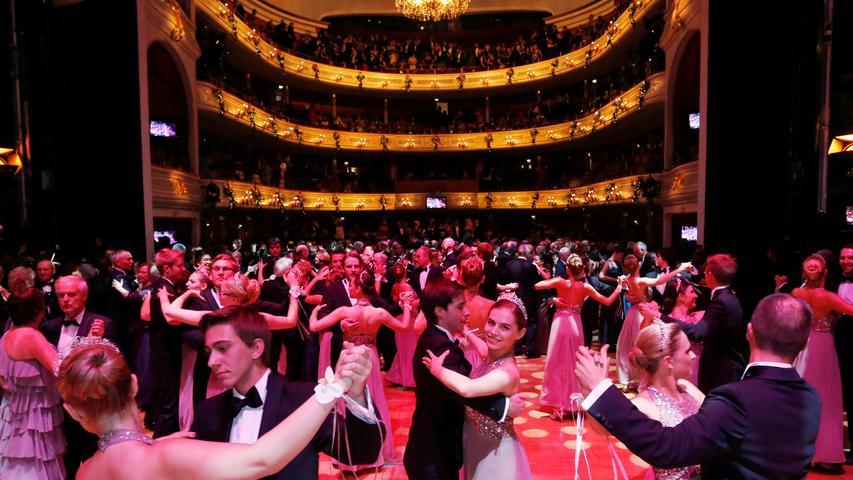 Die bewegte Geschichte des Nürnberger Opernhauses