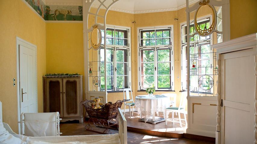 Der Nachwuchs aus der gräflichen Familie wuchs in wunderschön dekorierten Kinderzimmern auf.