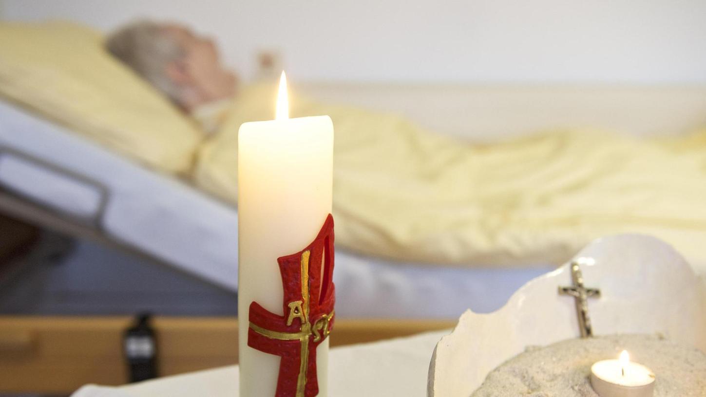 """""""Ja, der Tod ist nach wie vor ein von Angst behaftetes Thema"""", weiß Agathe Meixner, die Vorsitzende des Hospiz-Vereins Hilpoltstein-Roth. Wer allerdings einen guten Umgang mit dem Sterben und der Trauer anstrebe, solle sich beizeiten mit dem Thema auseinandersetzen."""
