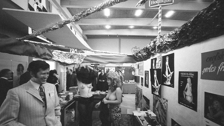 Die Nürnberger Sexmesse wurde in der Turnhalle des SC 04 eröffnet. Hier geht es zum Artikel vom 7. November 1970:Im schlechten Geruch blüht das Geschäft.