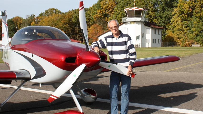 Neulich war Rainer Starkin Coburg gewesen – nicht mit dem Zug oder dem Auto, sondern mit seinem Flugzeug. Sechs Jahre lang hat der 56-jährige aus Gunzenhausen in seiner Garage an dem Motorflugzeug gebaut. 3000 Arbeitsstunden hat der Berufspilot und gelernte Werkzeugbauer investiert, 20000 Nietbolzen angebracht.Sein Flugzeug hat eine Reichweite von 1300 Kilometer.