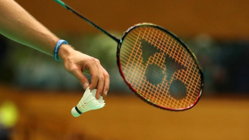 ... diese Regelung gilt folglich auch für Federball- oder Badminton-Spieler.