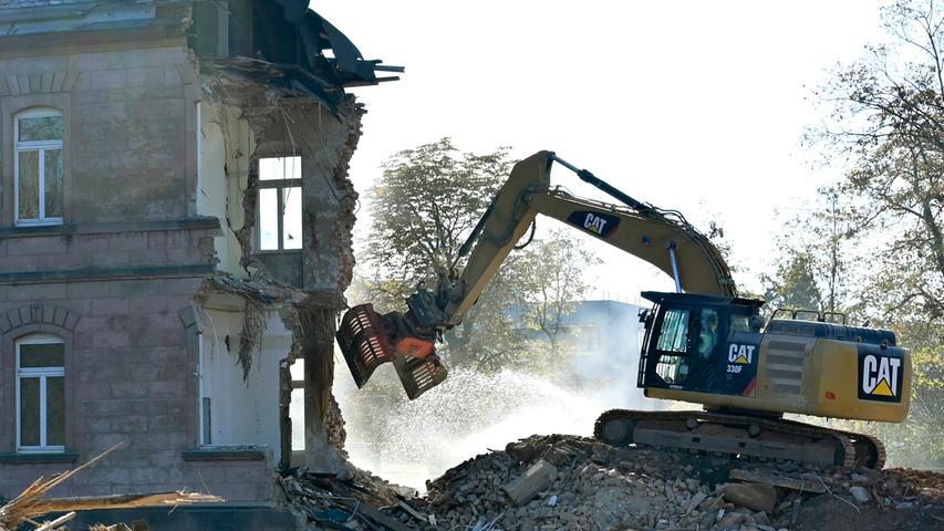 HuPfla-Westflügel fast vollständig abgerissen