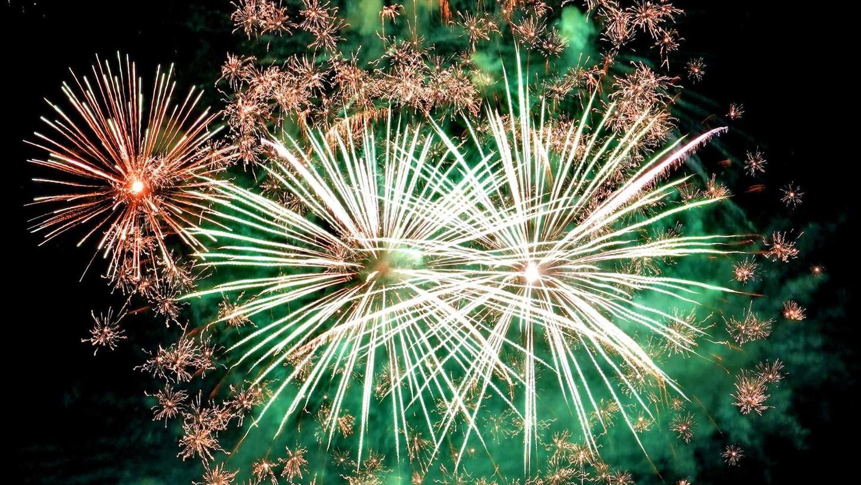 In der Nacht zum 1. Januar wird stets auch in Gunzenhausen der Nachthimmel durch viele Bürger, die ein Feuerwerk abbrennen, erleuchtet. Die Forderung nach einem allgemeinen Verbot wegen Corona stößt im Rathaus auf Bedenken.