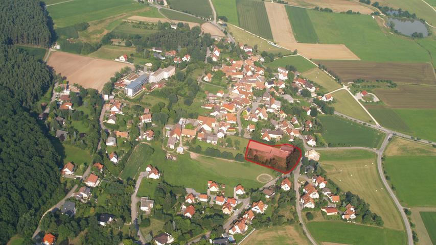 Die farbige Markierung zeigt, wo genau in Büchelberg die Chalets stehen werden.