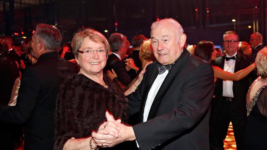 Ein Stammgast: Der ehemalige Ministerpräsident Günther Beckstein mit Ehefrau Marga.