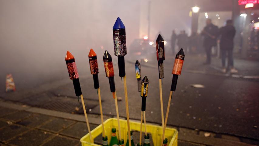 Feuerwerk: Bei diesem Thema ändert sich in Nürnberg wenig. Die Verbotszonen in der Innenstadt, die es auch schon in den letzten Jahren gab, bleiben bestehen. Ansonsten gibt es kein generelles Verbot für Feuerwerk.