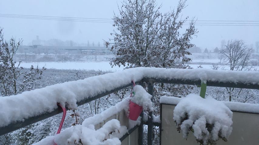 Motiv: Schnee Winter Wintereinbruch Straßen Bad Windsheim Foto: Stefan Blank