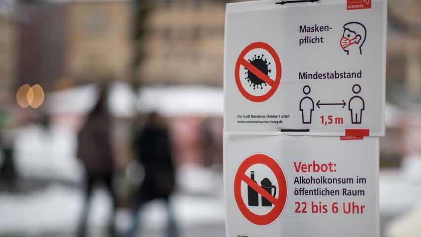 Wegen der hohen Inzidenzwerte werden in vielen Kommunen Ende Oktober 2020 strengere Regeln eingeführt. In Nürnberg greifen etwa erneut umfassende Kontaktbeschränkungen, in großen Teilen der Innenstadt gilt eine Maskenpflicht. Die Verbrauchermesse Consumenta wird im letzten Moment abgesagt, wenig später ist klar, dass es 2020 auch keinen Christkindlesmarkt geben wird. Die Zahl der Corona-Toten in Deutschland steigt währenddessen auf 10.000.