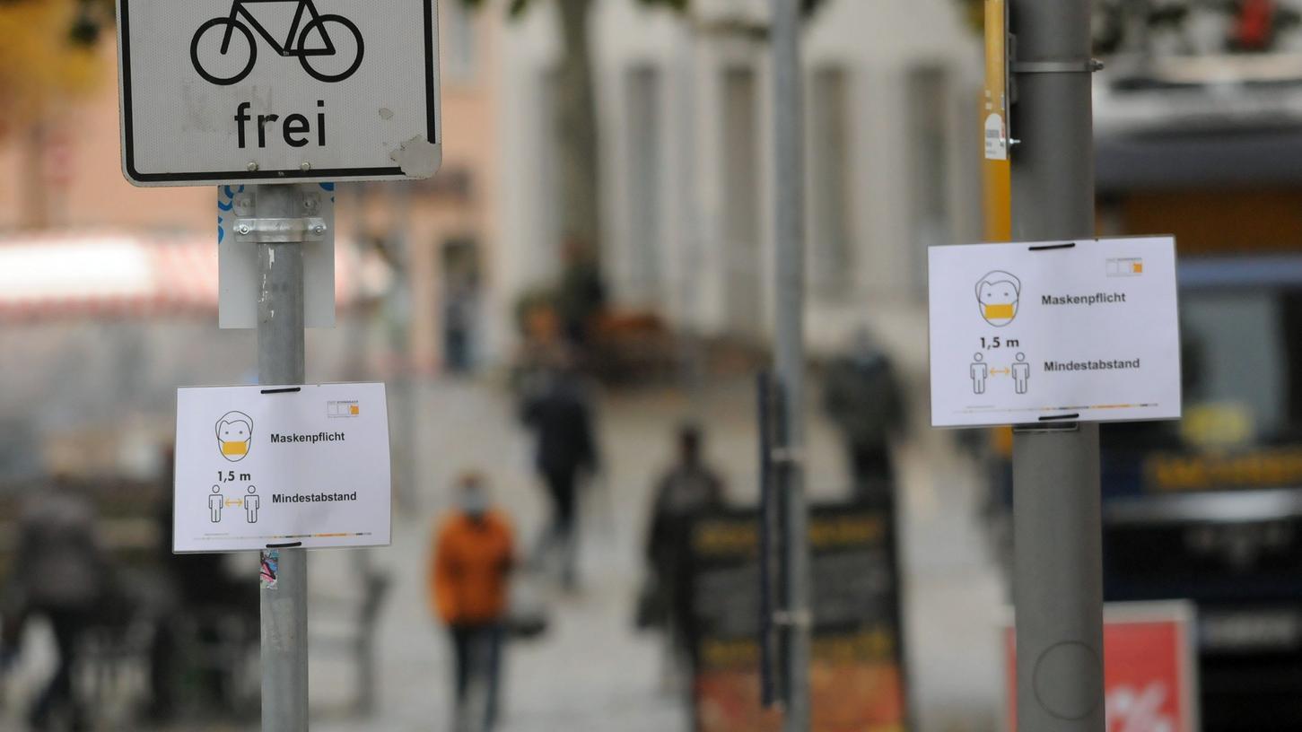 Maskenpflicht gilt in Schwabach auf einigen Plätzen und an belebten Straßen schon seit 28. Oktober. Ab Donnerstag werden die Maßnahmen aber noch einmal deutlich verschärft.