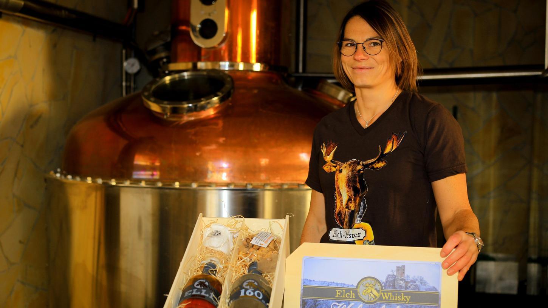 Bianca Kugler und ihr Mann Georg betreiben den Gasthof Seitz und die Brauerei und Brennerei Elch-Bräu. Aufgrund dieser beiden Standbeine werden sie nach jetztigemStand von den staatlichen Hilfen ausgenommen.