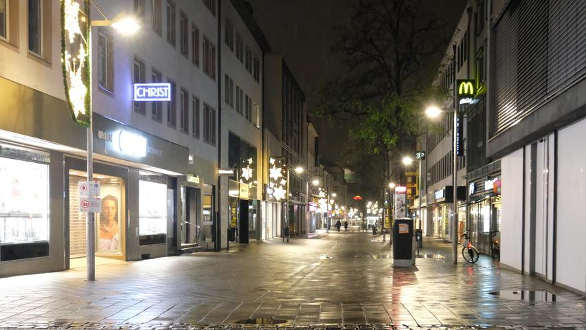 Erste Nacht mit Ausgangssperre: Nürnberg wird zur Geisterstadt
