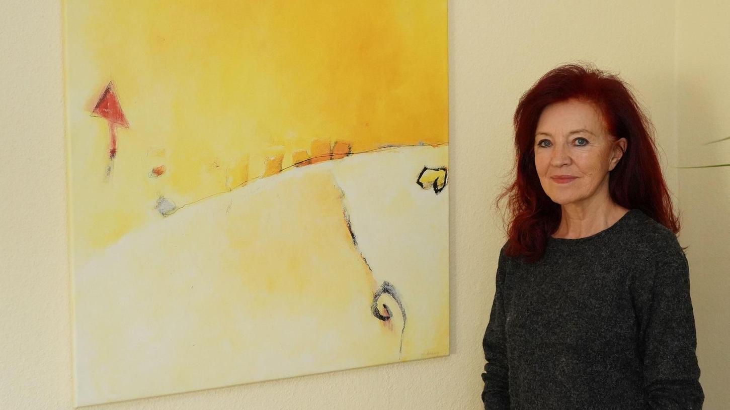 Die aus Auerbach stammende Margot Brünig lebt jetzt als Künstlerin in Nürnberg. Sie gestaltete Mutmach-Postkarten, die nun in vielen Kirchen in Nürnberg ausliegen.