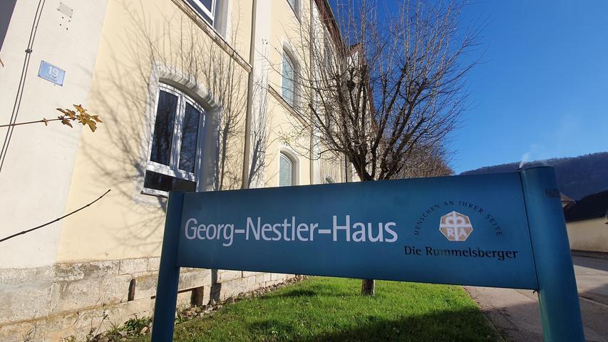 Das erste Corona-Drama im Landkreis: Im April breitete sich Corona im Georg-Nestler-Altenheim in Pappenheim aus. Sechs Senioren starben. Und die Menschen in der Region beginnen zu merken, dass das Virus gefährlich ist.