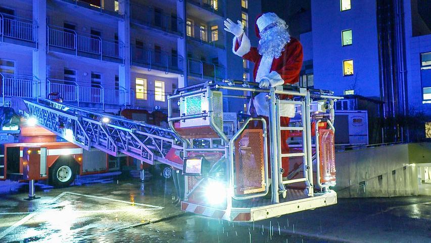 Trotz Corona: Weihnachtsmann und Musik für das Uni-Klinikum Erlangen