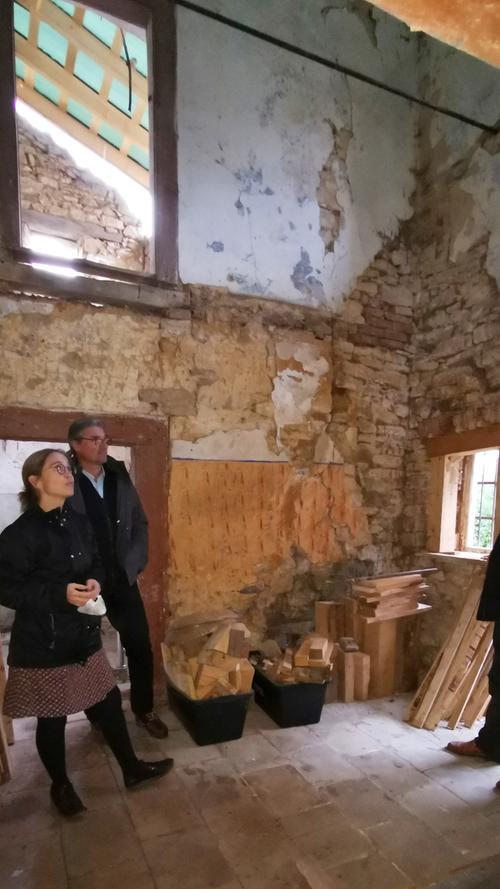 Ob das alte Korbhaus noch zu retten ist, wissen Elke Wendrich und Matthias Hähnle noch nicht.