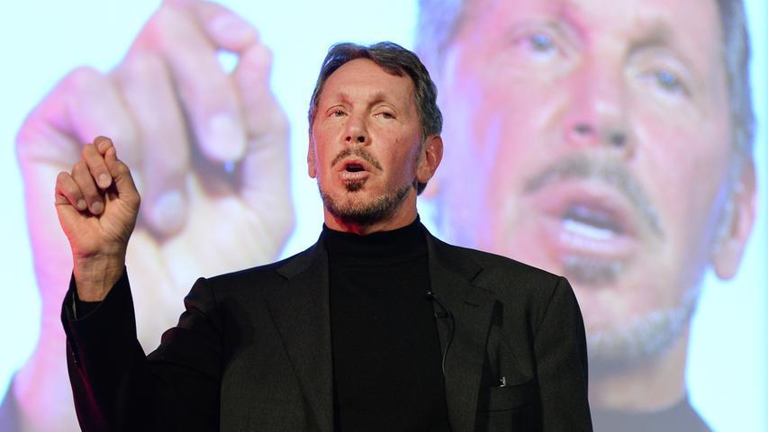 Larry Ellison gründete den US-Konzern Oracle, einem der größten Softwarehersteller weltweit. Sein Reinvermögen beträgt geschätzt 86,9 Milliarden (Stand: 16.01.2021). Er ist, wie auch Bill Gates und Warren Buffet, Teil der Kampagne
