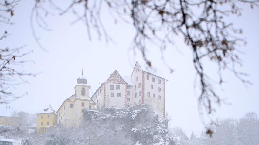 Burg und Kita Elmar EgloffsteinSchneebilder aus Egloffstein, .12.01.21..Foto: Annika Falk-Claußen