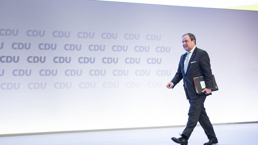 In der Politik ist er schon lange, für höhere Weihen wird er hingegen erst seit wenigen Jahren gehandelt: der nordrhein-westfälische Ministerpräsident Armin Laschet. Zehn Dinge, die Sie über den CDU-Mann wissen müssen.