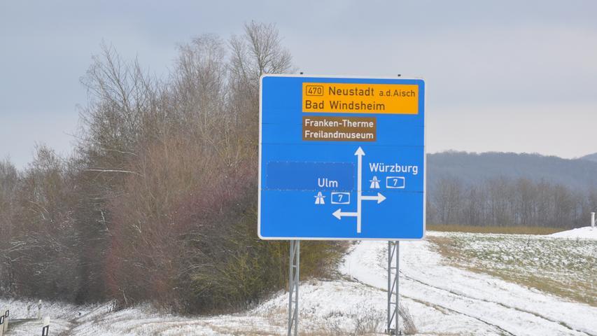 Auch die typischen Autobahn-Hinweisschilder an der A7-Anschlussstelle Bad Windsheim folgten, hier ein aktuelles.