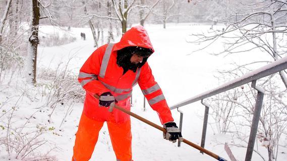 Schnee-in-Franken-Das-m-ssen-sie-beim-R-umen-und-Streuen-beachten