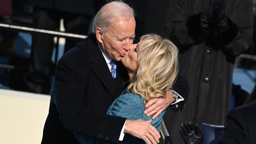 Biden, die Bibel und viele Stars: Die Bilder vom Tag der Amtseinführung