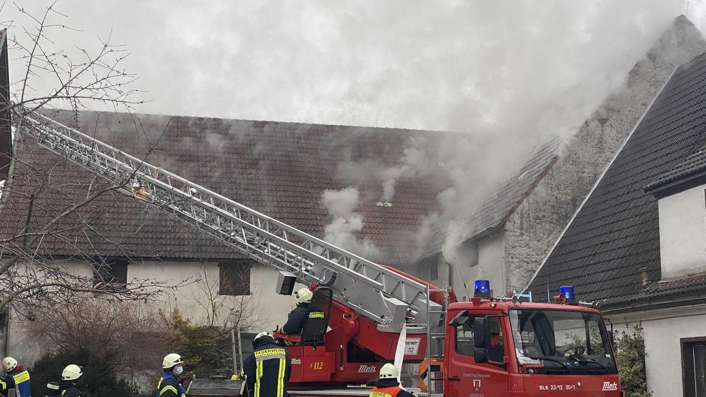 Brand auf einem Bauernhof in Dutendorf.