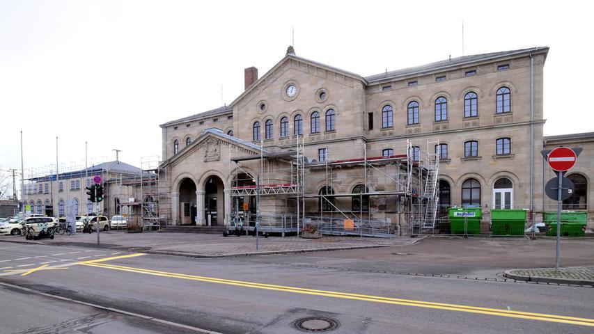 Überraschungen bei der Sanierung des Fürther Bahnhofgebäudes