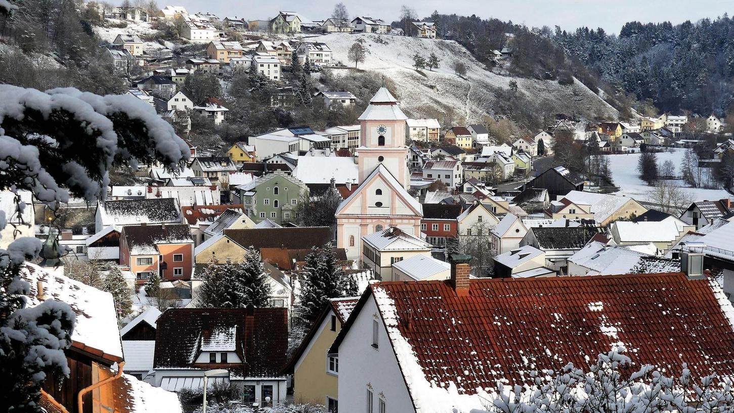 Ein Imagefilm wirbt jetzt auf der Homepage von Breitenbrunn für die Marktgemeinde. Er gibt Einblick in das kulturelle Leben, bietet Naturbilder sowie Luftaufnahmen von den Ortsteilen, verweist auf die Feste und widmet sich der Ortsgeschichte.
