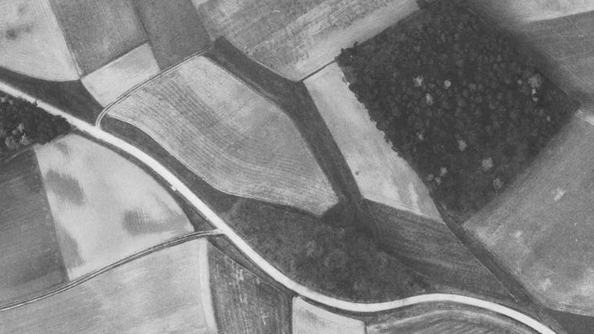 Was findet sich heute an dieser Stelle? Der Geyers-Keller und der Friedhof.