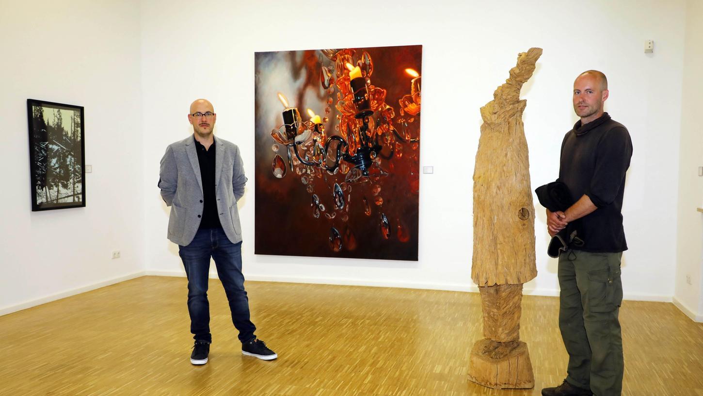 Sie wurden im Vorjahr mit dem Kunstpreis der Nürnberger Nachrichten ausgezeichnet: Bildhauer Stefan Schindler (re.) gewann den 1. Preis, Maler Johannes Vetter den 2. Preis.