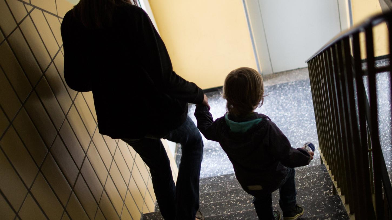 Rund 300 Kinder nimmt das Nürnberger Jugendamt jedes Jahr in Obhut. Für die Heranwachsenden ist das immer ein großer Einschnitt.