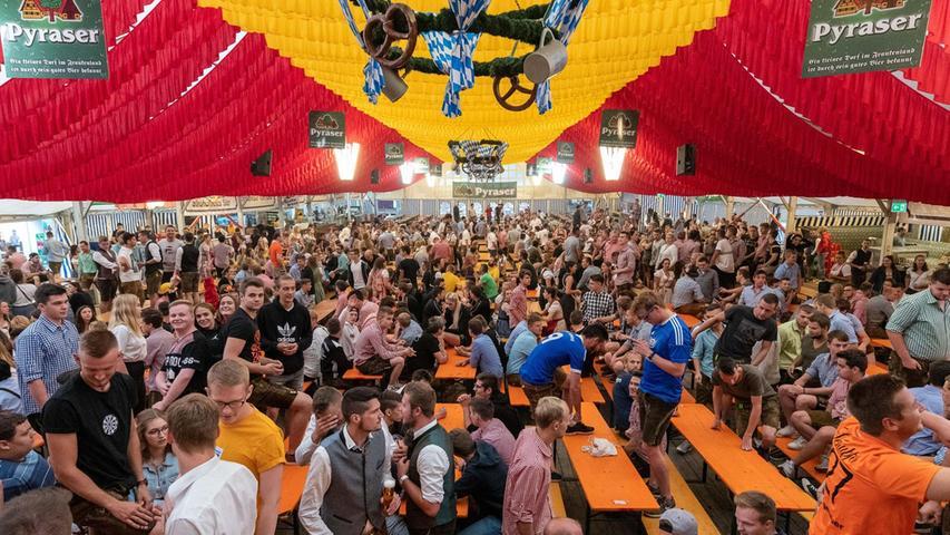 Das Hilpoltsteiner Burgfest, ist bisher noch nicht abgesagt. Falls es stattfindet, wird ein neuer Betreiber das Fest leiten.