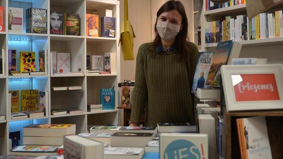 Liefert Bücher aus, bereitet sie aber auch zur Abholung vor: Melena Renner von der Buchhandlung am Färberturm.