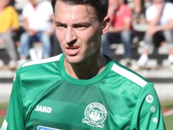 Seit 2016 im grünen Trikot des VfB Eichstätt: der Ex-Solnhofener Fabian Eberle.