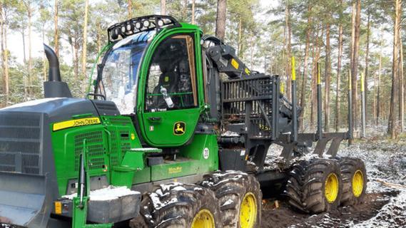 Waldarbeiten in Ungelstetten: