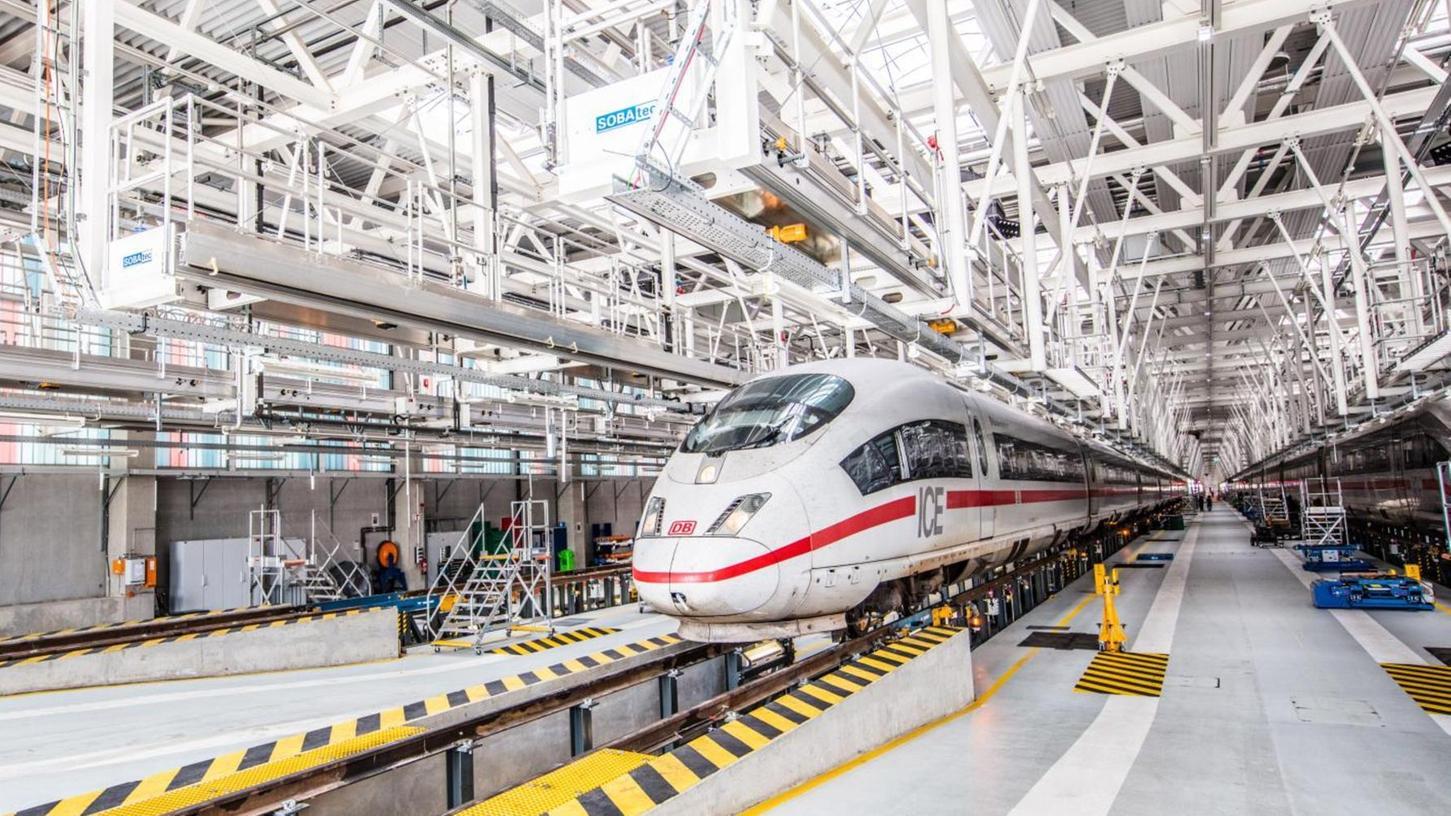 Ein Blick in das ICE–Instandhaltungswerk in Köln-Nippes: Ein solches Werk soll nach den Plänen der Bahn bis zum Jahr 2028 auch in Nürnberg oder der Region entstehen.