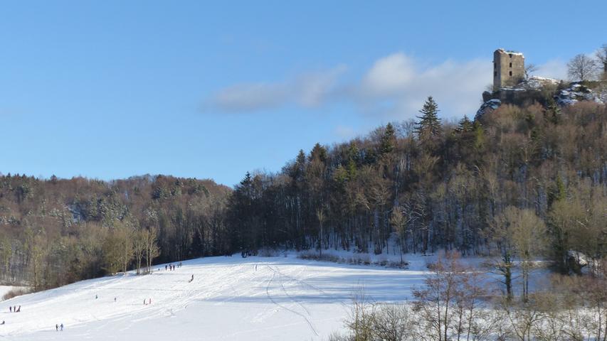 Eiskaltes Vergnügen: Wintersonne taucht den Landkreis Forchheim in zauberhaftes Licht