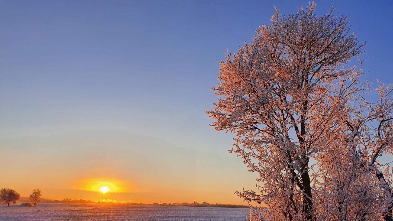 Zwischen Sack und Fürth bot sich der Blick auf einen atemberaubenden Sonnenaufgang.