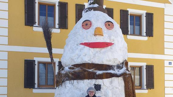 In Mörsach steht ein Schneemann im XXL-Format