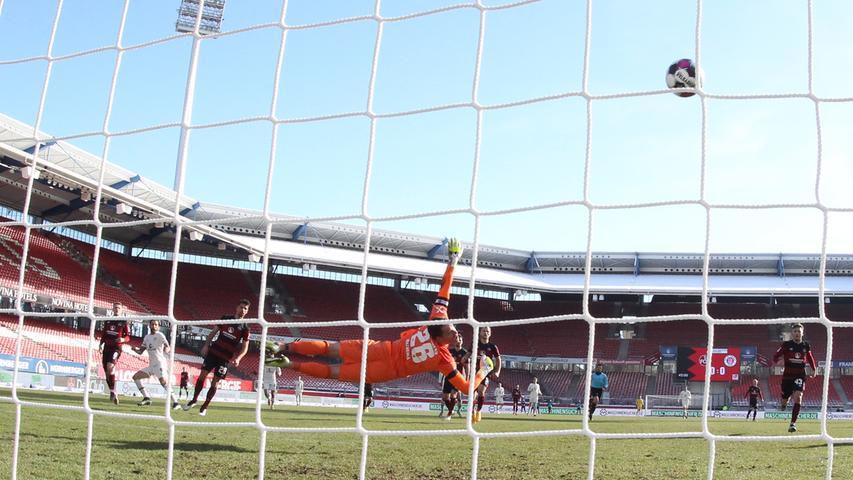 Zu spät aufgewacht: FCN verschenkt Sechs-Punkte-Spiel gegen St. Pauli