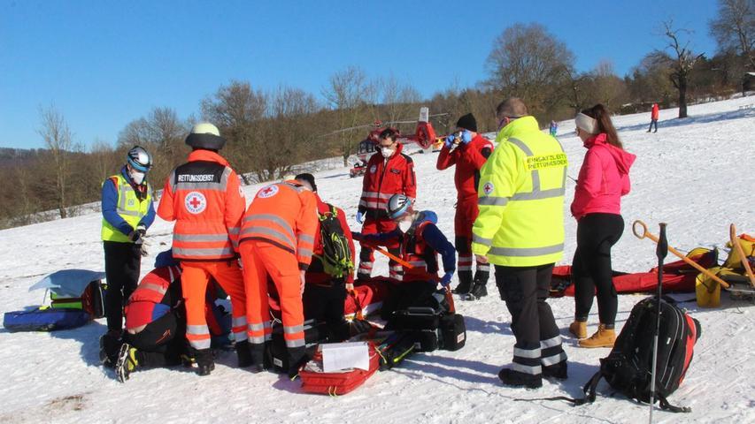 Schnaittach: Frau nach Snowboard-Unfall schwer verletzt
