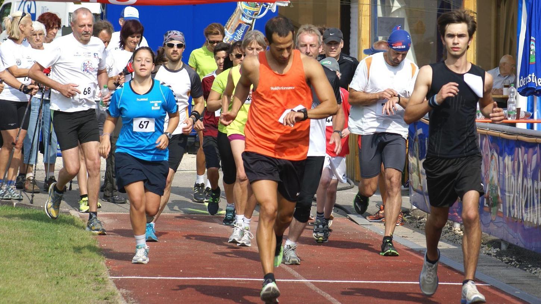Einen gemeinsamen Start wie bei diesem Lauf im August 2013 auf dem Gelände des SC Glückauf Auerbach wird es bei der Lauf-Challenge des ASV Michelfeld wegen der Corona-Krise nicht geben.