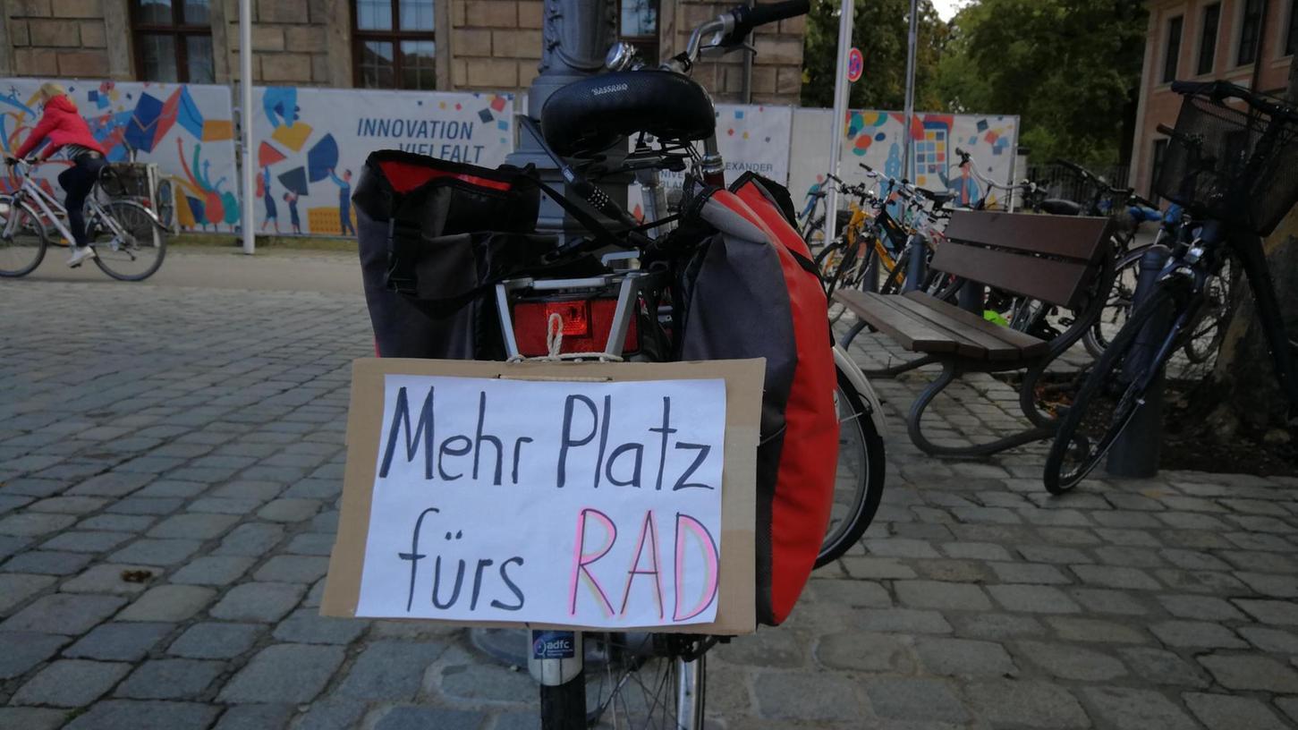 Fahrradstadt Erlangen: Mit nur wenigen Aktionen konnte die Initiative Radentscheid auf ihre Forderungen aufmerksam machen.