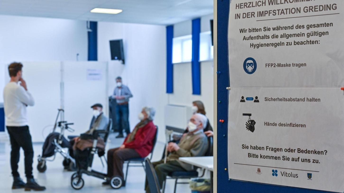 Die ältesten Mitbürgerinnen und Mitbürger der Stadt Greding und ihrer Ortsteile werden seit Aschermittwoch im dezentralen Impfzentrum gegen Corona geimpft.