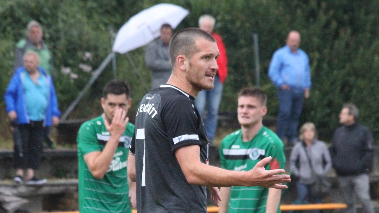 Hört zum Saisonende beim VfB Eichstätt auf: Der 26-jährige Mittelfeldspieler Lucas Schraufstetter aus Raitenbuch sucht eine neue Herausforderung.