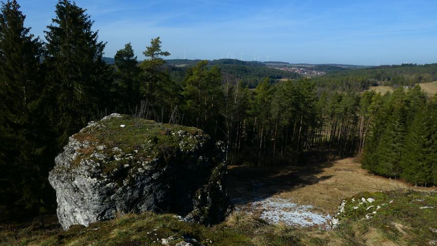 Foto: Ulrich Graser Ort: Raum Heiligenstadt Datum: 20.02.2021 Motiv: Aussicht vom Heroldsstein nach Norden