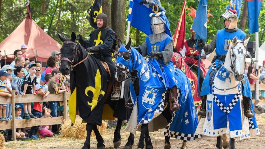 Das Hilpoltsteiner Ritterfest ist insbesondere bei Familien beliebt. Weil der Platz beengt ist, hat das Spektakel auch heuer keine Chance.
