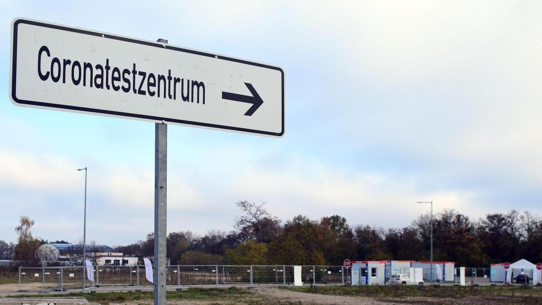 Kita- und Schulpersonal sorgt aktuell für regen Betrieb im Testzentrum in Atzenhof.